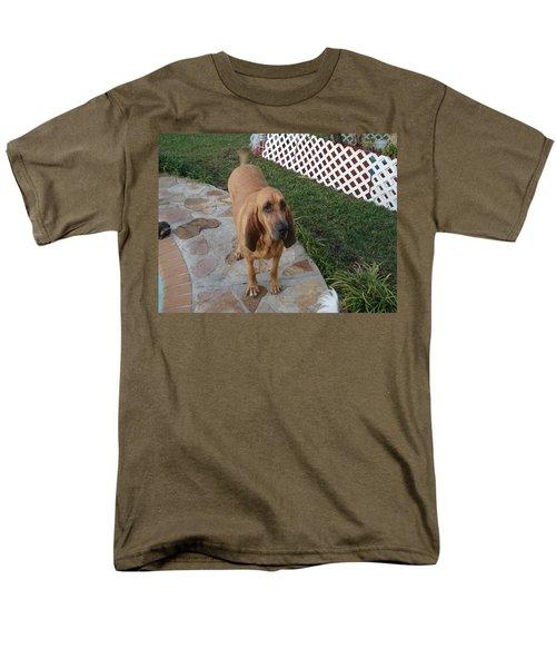 Waiting For Dinner Men's T-Shirt  (Regular Fit) by Val Oconnor