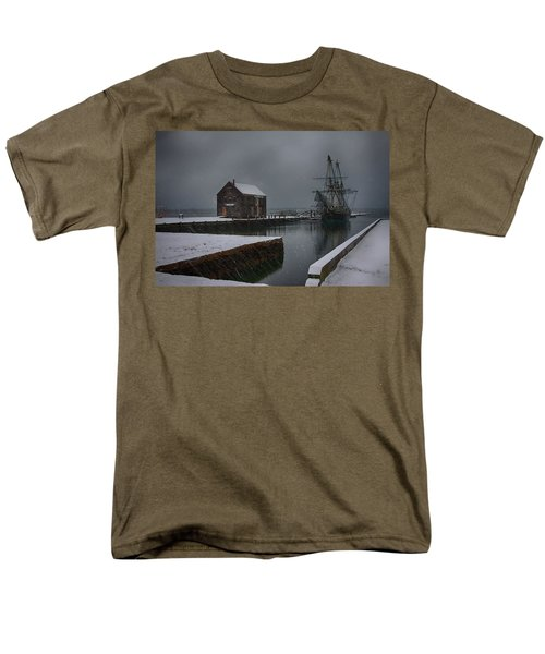 Waiting Quietly Men's T-Shirt  (Regular Fit) by Jeff Folger