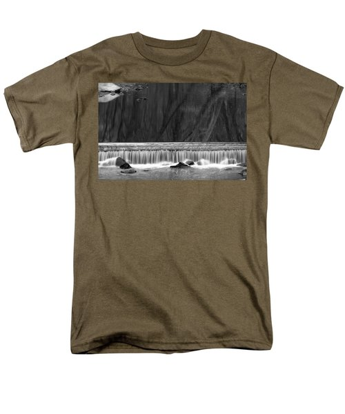 Water Fall In Black And White Men's T-Shirt  (Regular Fit)