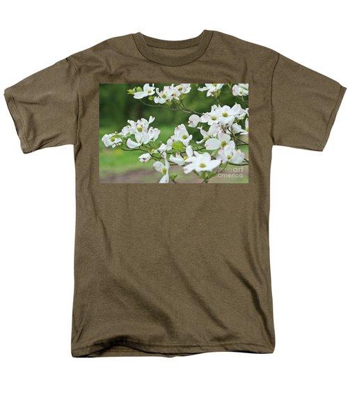 White Flowering Dogwood Men's T-Shirt  (Regular Fit)