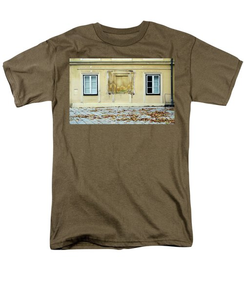 Wiener Wohnhaus Men's T-Shirt  (Regular Fit) by Christian Slanec
