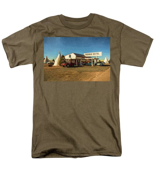 Wigwam Motel Men's T-Shirt  (Regular Fit)