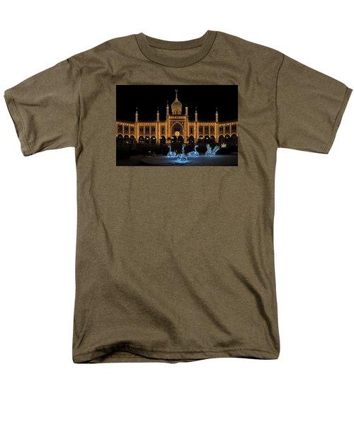 Winter In Tivoli Gardens Men's T-Shirt  (Regular Fit)