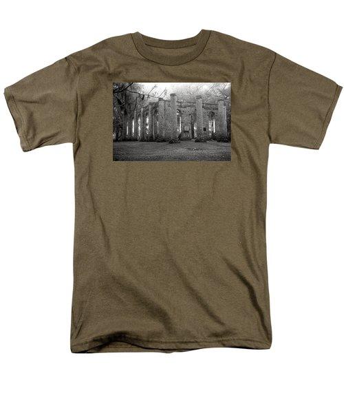 Winter Ruins Men's T-Shirt  (Regular Fit)