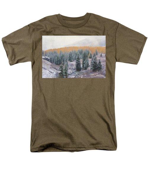 Winter Touches The Mountain Men's T-Shirt  (Regular Fit)