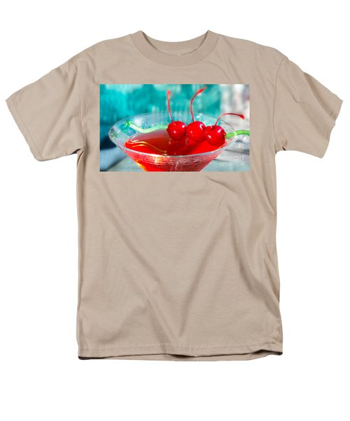 Shirley Temple Drink Men's T-Shirt  (Regular Fit) by Iris Richardson