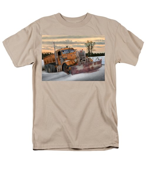 '55 Pete Snowplow Men's T-Shirt  (Regular Fit) by Stuart Swartz