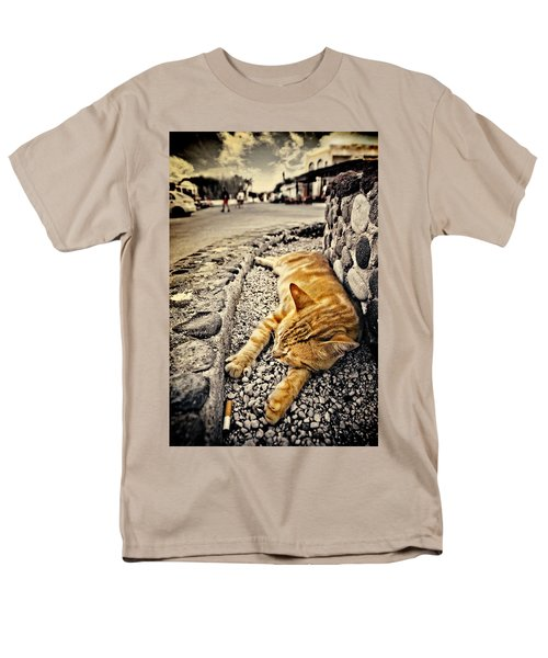 Men's T-Shirt  (Regular Fit) featuring the photograph Alley Cat Siesta In Grunge by Meirion Matthias