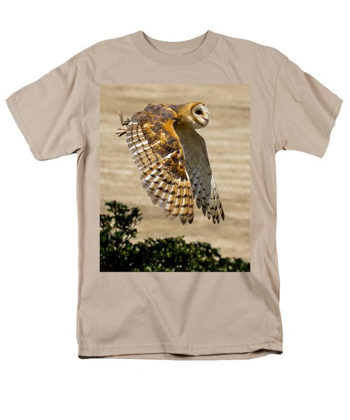 Barn Owl Men's T-Shirt  (Regular Fit) by Robert L Jackson