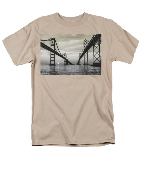 Bay Bridge Strong Men's T-Shirt  (Regular Fit)
