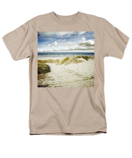 Beach View Men's T-Shirt  (Regular Fit) by Les Cunliffe