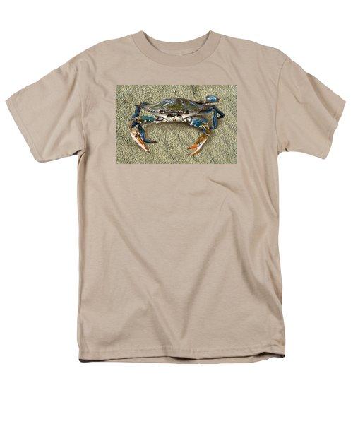 Blue Crab Confrontation Men's T-Shirt  (Regular Fit) by Sandi OReilly
