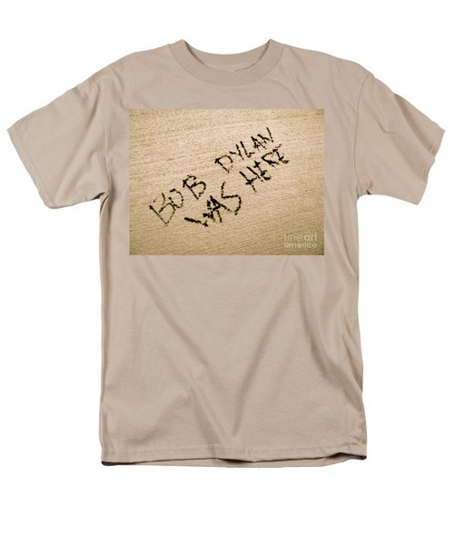 Bob Dylan Graffiti Men's T-Shirt  (Regular Fit) by Jacqueline Athmann
