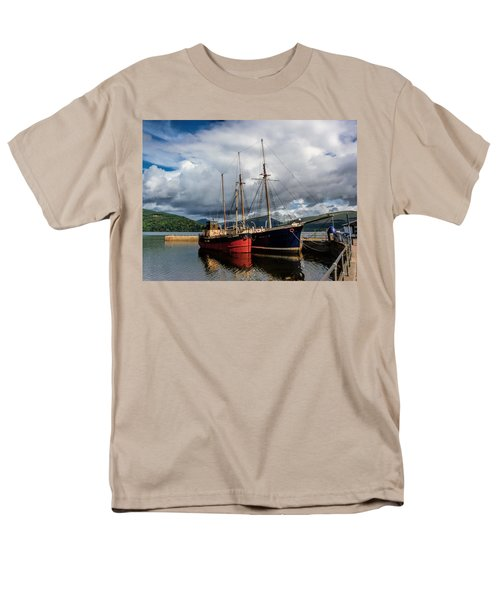 Clyde Puffer Men's T-Shirt  (Regular Fit)