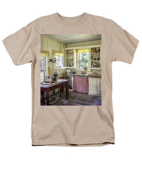 Cross Creek Country Kitchen Men's T-Shirt  (Regular Fit) by Lynn Palmer