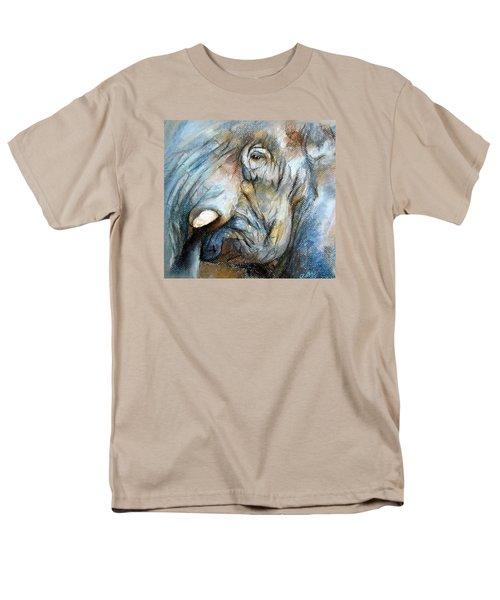 Elephant Eye Men's T-Shirt  (Regular Fit)