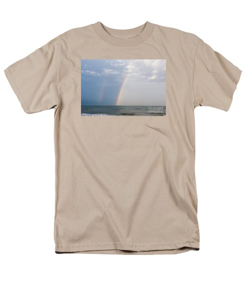 Fishing For A Pot Of Gold Men's T-Shirt  (Regular Fit)