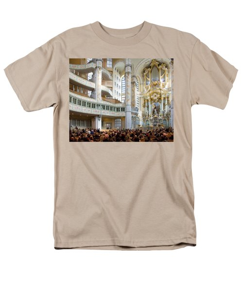 Frauenkirche Men's T-Shirt  (Regular Fit) by William Beuther