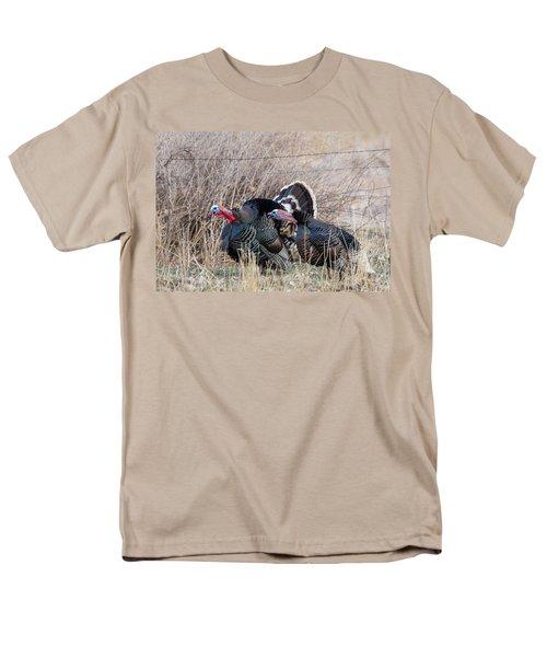Gobbling Turkeys Men's T-Shirt  (Regular Fit)