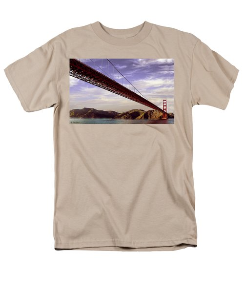 Goldengate Bridge San Francisco Men's T-Shirt  (Regular Fit) by Bob and Nadine Johnston