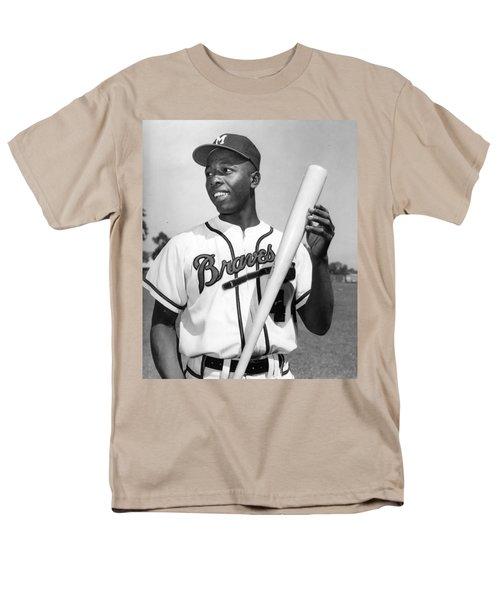 Hank Aaron Poster Men's T-Shirt  (Regular Fit) by Gianfranco Weiss