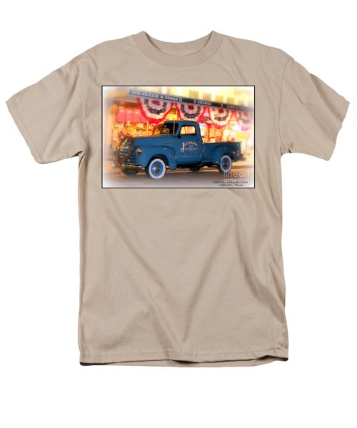 Jefferson General Store 51 Chevy Pickup Men's T-Shirt  (Regular Fit)