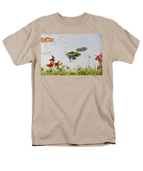 Men's T-Shirt  (Regular Fit) featuring the photograph Just Hanging Out by Cynthia Guinn