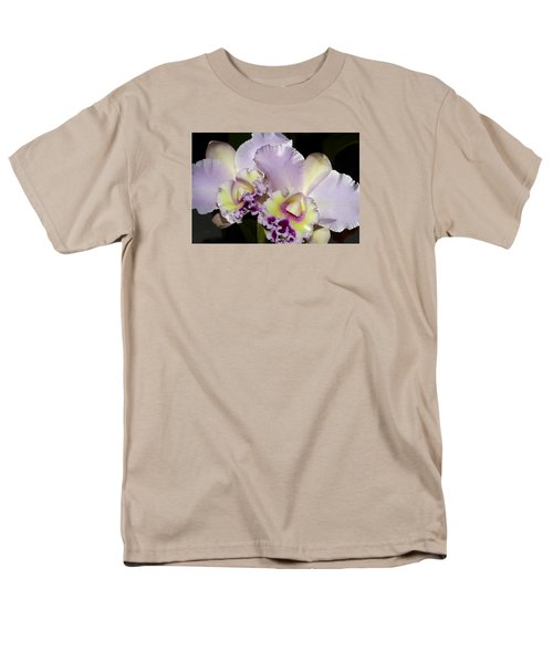 Men's T-Shirt  (Regular Fit) featuring the photograph Peace And Love by Phyllis Denton