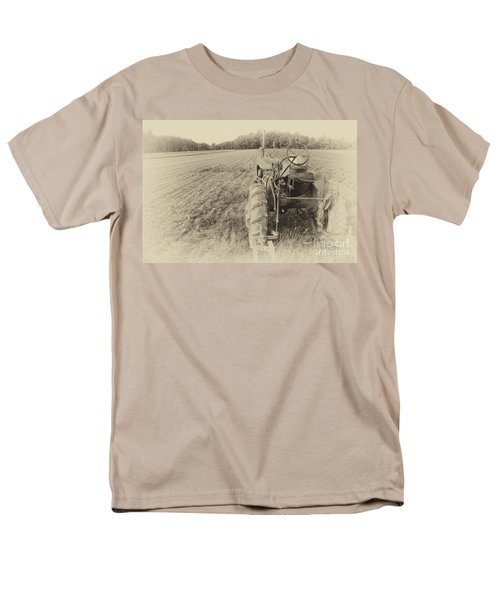 Peach Glen Pennsylvania Men's T-Shirt  (Regular Fit) by Tony Cooper