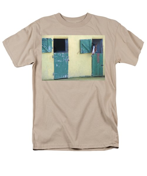 Men's T-Shirt  (Regular Fit) featuring the photograph Peekaboo by Suzanne Oesterling
