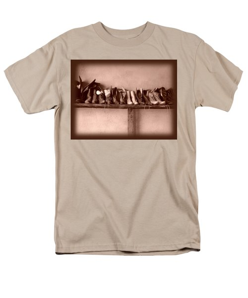 Shoes Men's T-Shirt  (Regular Fit) by Fran Riley