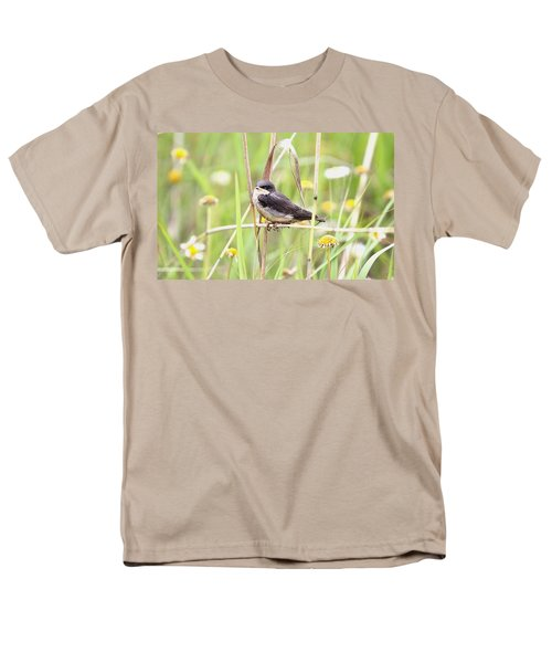 Men's T-Shirt  (Regular Fit) featuring the photograph Sitin' Pretty by Elizabeth Winter