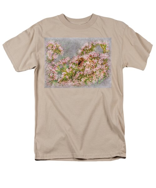 The Bee Men's T-Shirt  (Regular Fit) by Hanny Heim