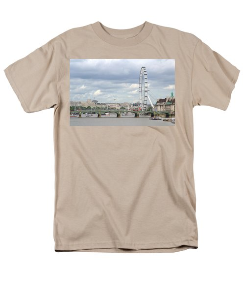 Men's T-Shirt  (Regular Fit) featuring the photograph The Eye Of London by Keith Armstrong