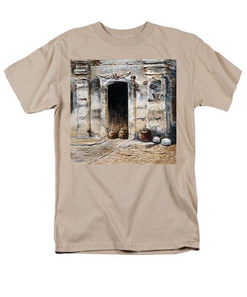 Vigan Door Men's T-Shirt  (Regular Fit)
