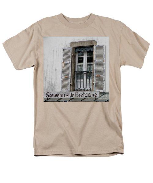 Souvenirs De Bretagne Men's T-Shirt  (Regular Fit) by Lainie Wrightson