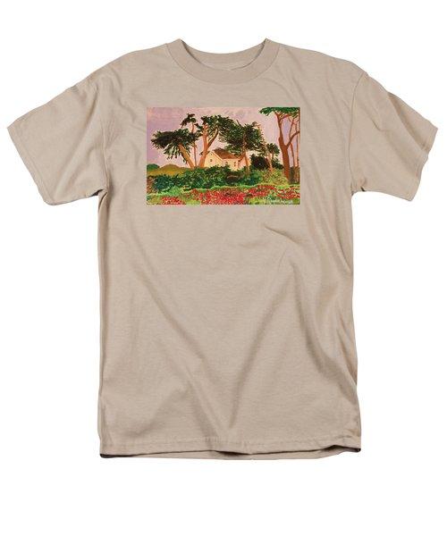 Spooner's Cove Men's T-Shirt  (Regular Fit)