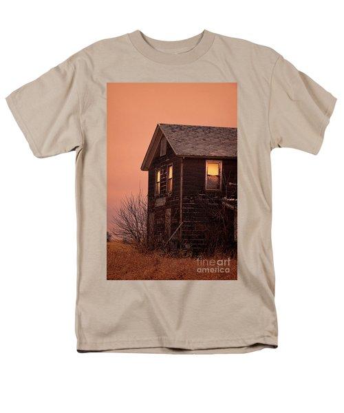 Men's T-Shirt  (Regular Fit) featuring the photograph Abandoned House by Jill Battaglia