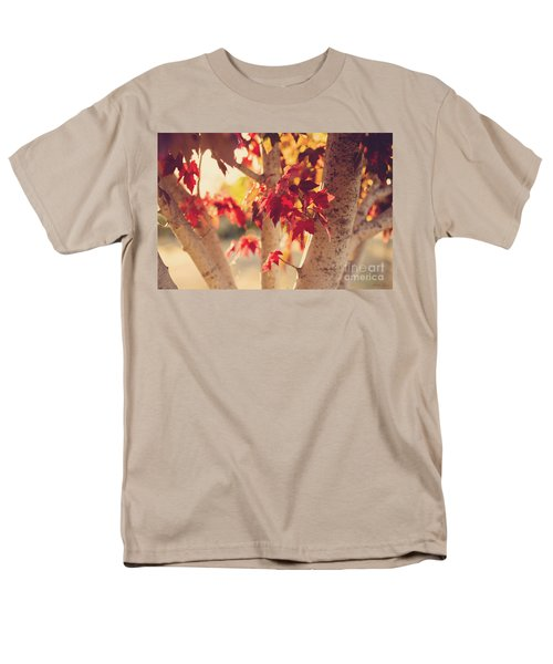 Men's T-Shirt  (Regular Fit) featuring the photograph A Warm Red Autumn by Linda Lees