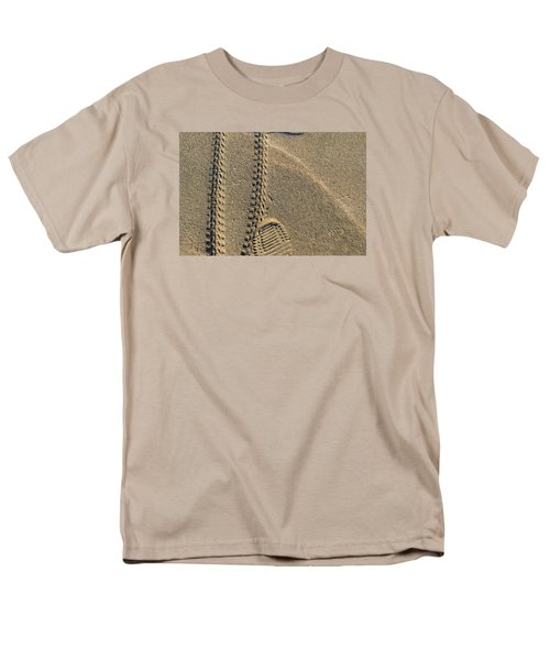 Men's T-Shirt  (Regular Fit) featuring the photograph Along The Beach  by Lyle Crump