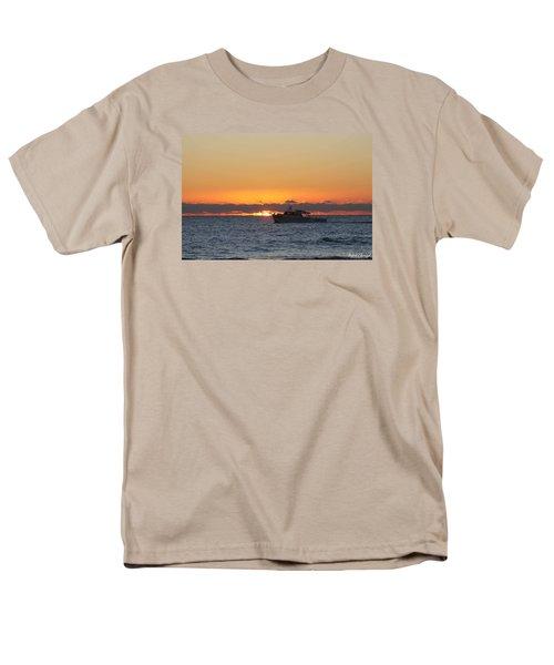 Atlantic Ocean Fishing At Sunrise Men's T-Shirt  (Regular Fit)