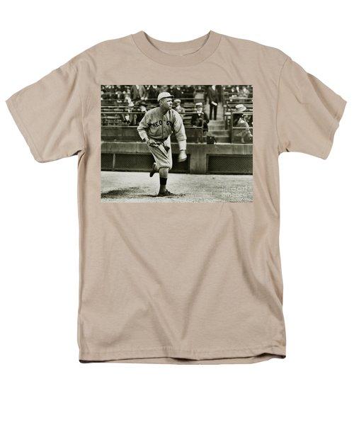 Babe Ruth Pitching Men's T-Shirt  (Regular Fit) by Jon Neidert