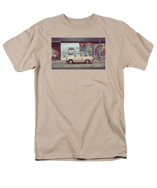 Berlin East Side Gallery Men's T-Shirt  (Regular Fit) by JR Photography