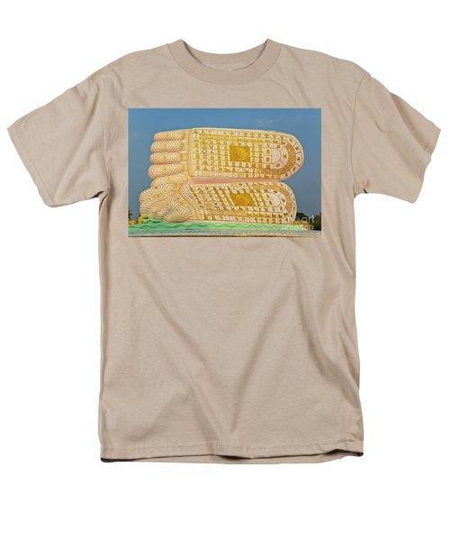 Men's T-Shirt  (Regular Fit) featuring the photograph Biurma_d1831 by Craig Lovell