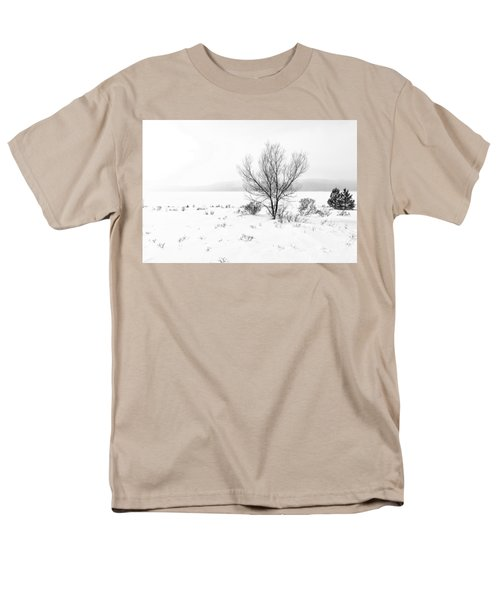 Men's T-Shirt  (Regular Fit) featuring the photograph Cold Loneliness by Hayato Matsumoto