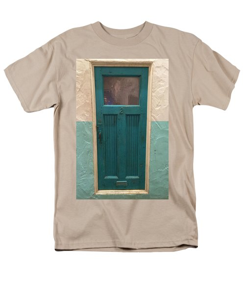 Men's T-Shirt  (Regular Fit) featuring the photograph Come In And Chat by Peggy Stokes