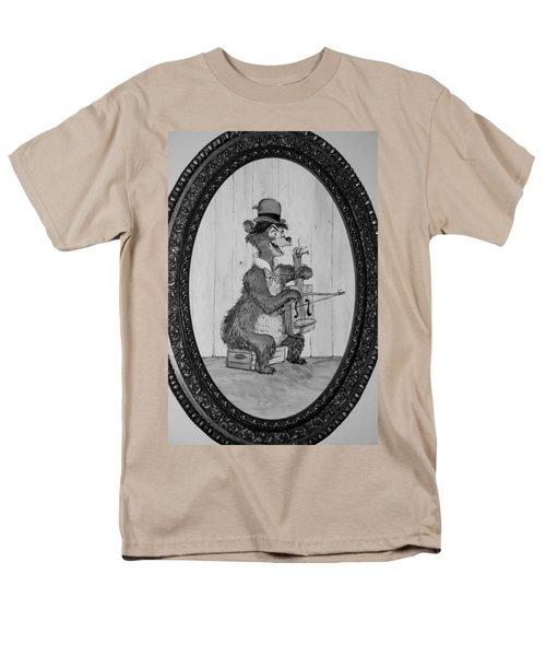 Country Bear Men's T-Shirt  (Regular Fit) by Rob Hans