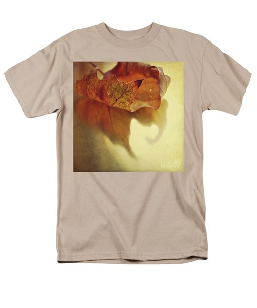 Curled Autumn Leaf Men's T-Shirt  (Regular Fit) by Lyn Randle