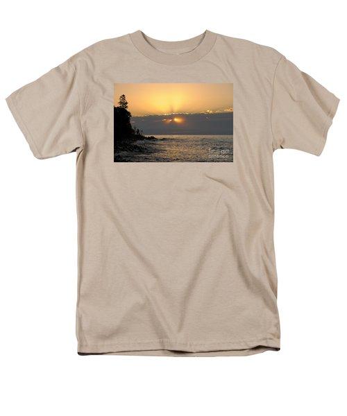 Men's T-Shirt  (Regular Fit) featuring the photograph Fiery Eyes by Sandra Updyke