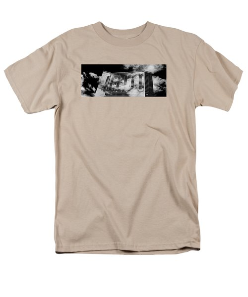 Fla-150531-nd800e-25118-bw Men's T-Shirt  (Regular Fit) by Fernando Lopez Arbarello